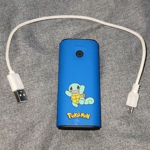 Blue squirtle power bank with cable